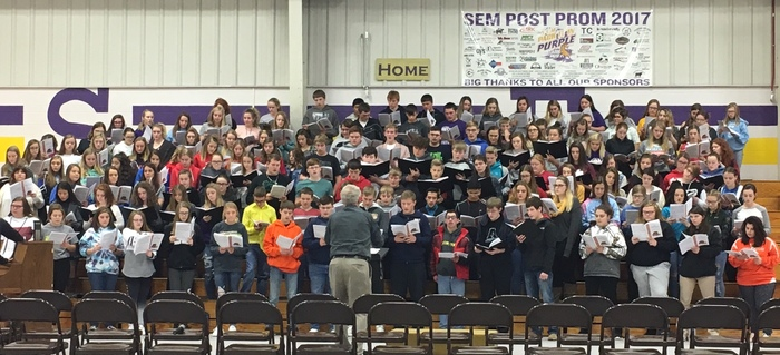 Fort Kearny Conference students practicing at the choral clinic in Sumner