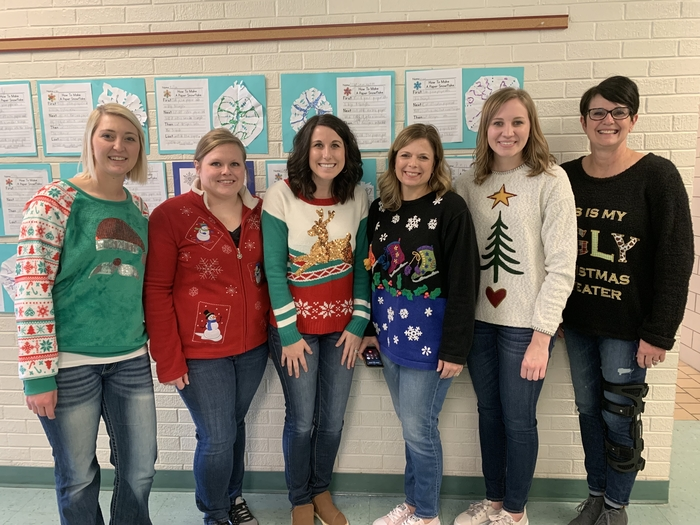 Merry Christmas from the K-5 Elwood Elementary teachers!🎄