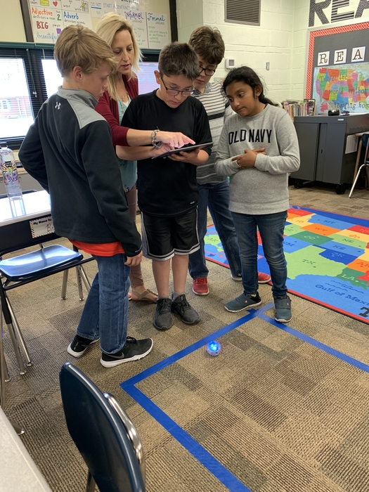 Figuring out how to manipulate the coding to make the sphero go the right direction