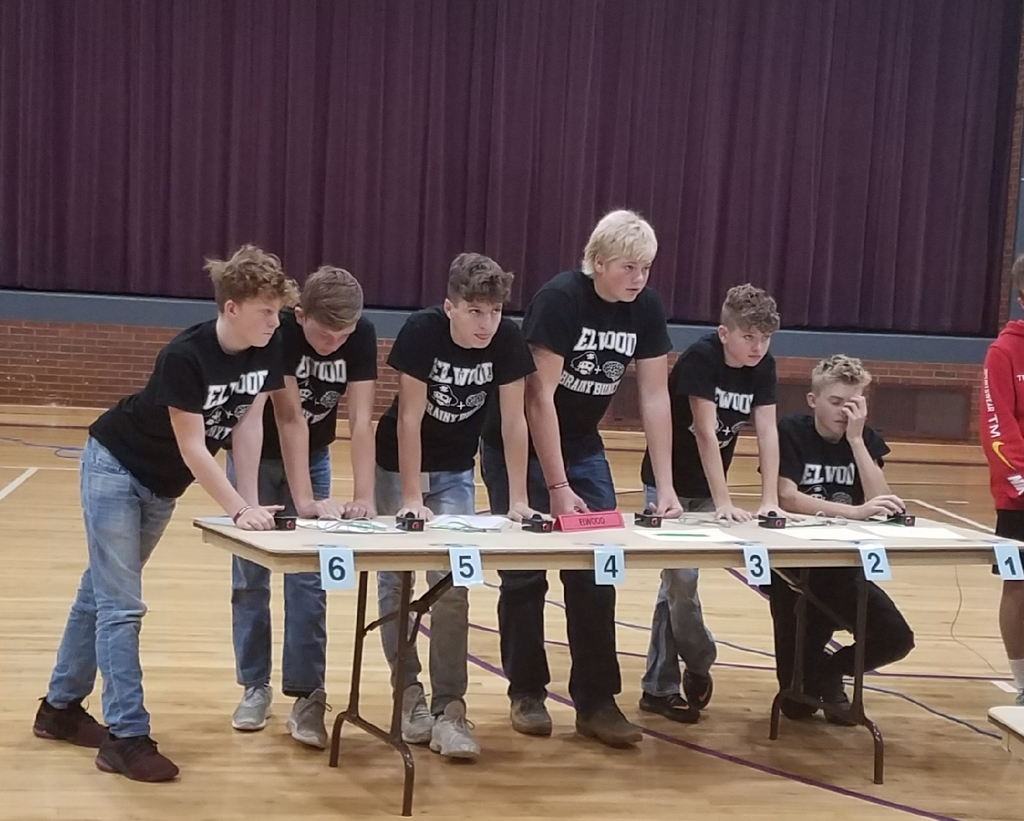 Junior High Quiz bowl competing in Axtell
