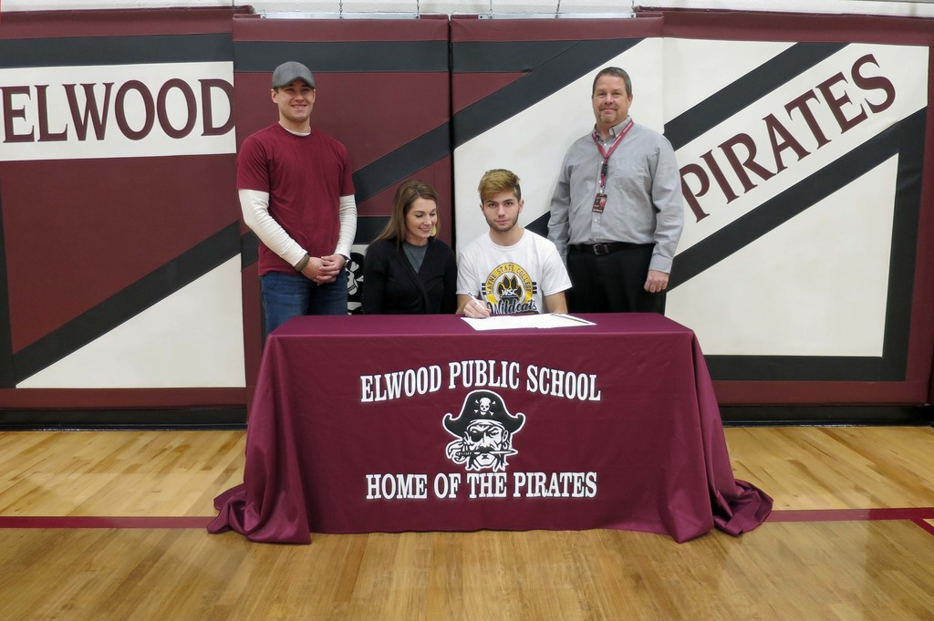 Zacob Evans National Letter of Intent Signing